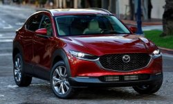 Новая Mazda CX-30 2021: фото и цена, характеристики кроссовера