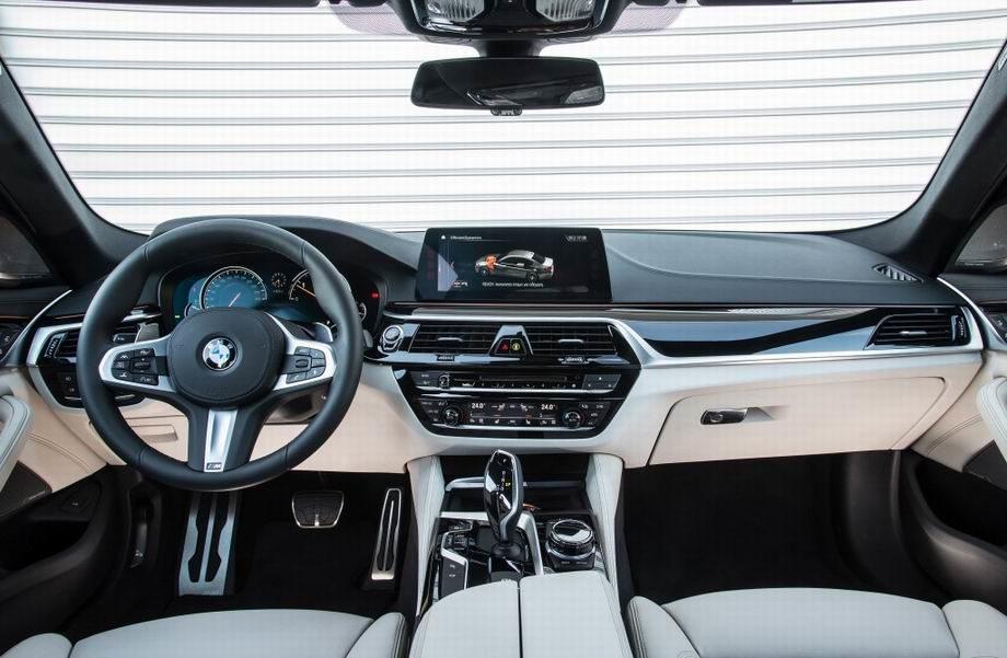 Салон BMW 5-серии G30
