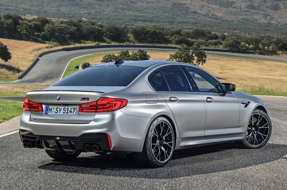 BMW M5 2019 года