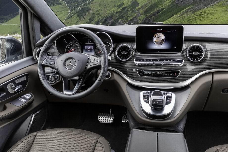 Салон Mercedes-Benz V-Class