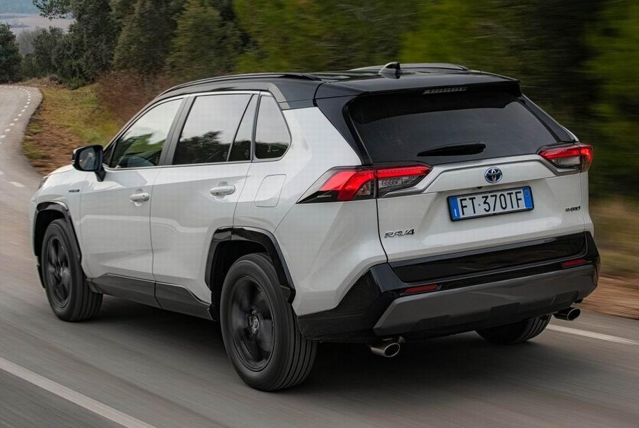 Новый кузов Тойота РАВ 4 2020