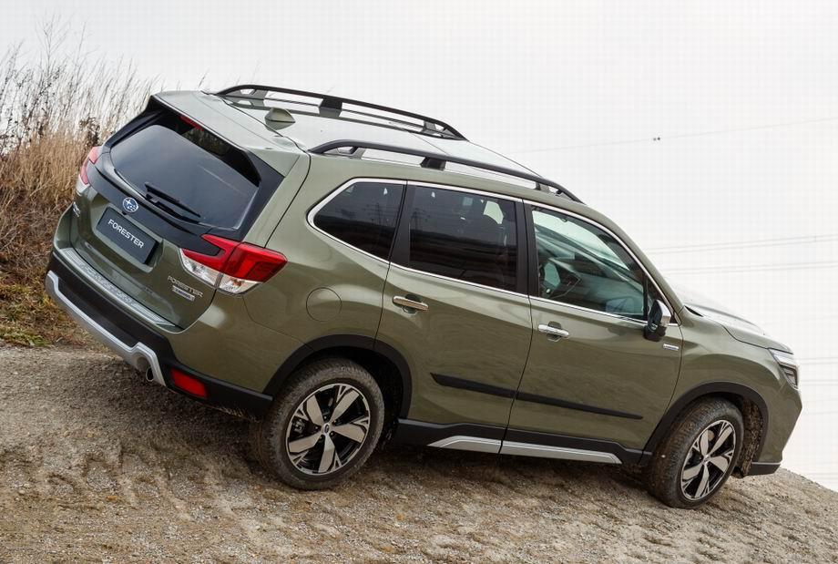Subaru Forester 2020 года