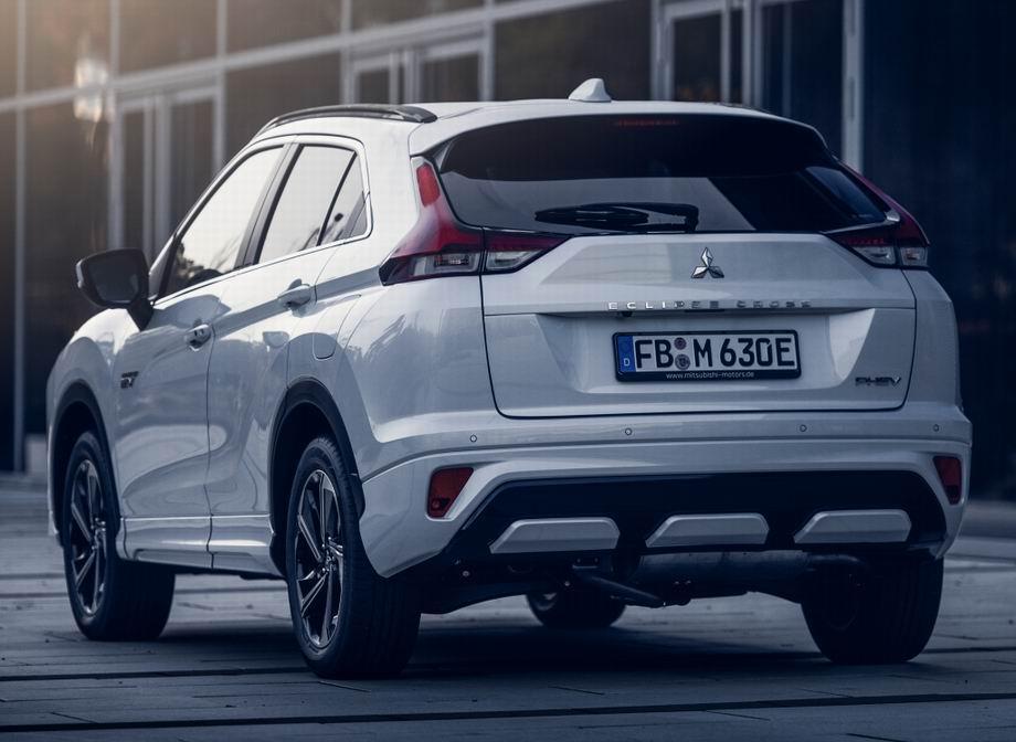 Mitsubishi Eclipse Cross 2021 в новом кузове