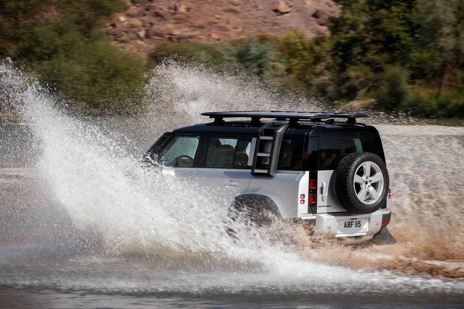 Land Rover Defender 2021 в новом кузове